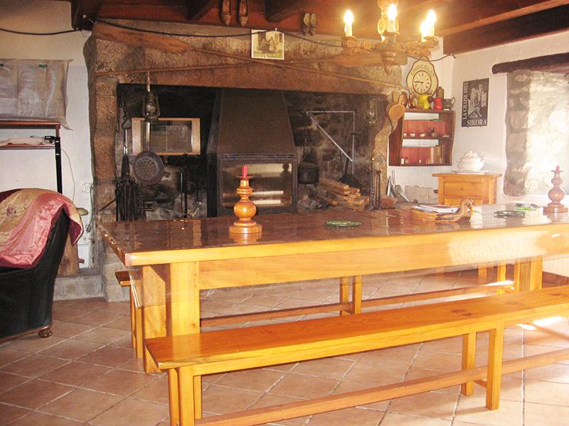 HEB_ Moulin de Pissoux_ cheminée