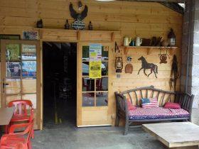 RES_ Country saloon_ entrée
