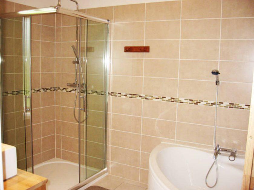HEB_ Gîte de l'Hermine_salle de bain