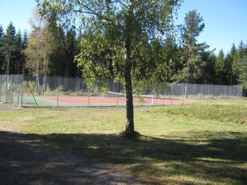 HEB_Camping Les Casses_terrain tennis