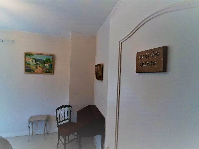 HEB_chambredhoteMaisonsouslesetoiles_chambre grande ourse_ espace salle de bain