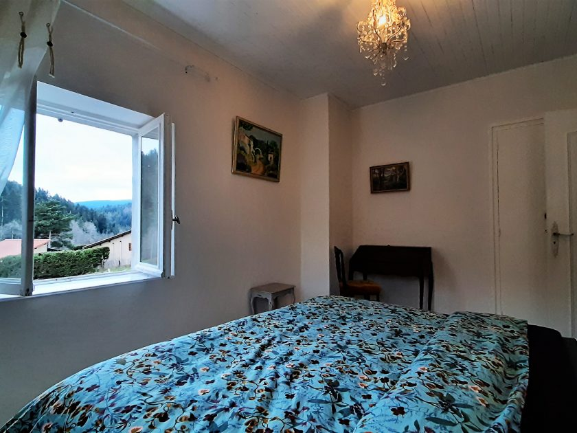 HEB_chambredhoteMaisonsouslesetoiles_chambre grande ourse_ intérieur bis