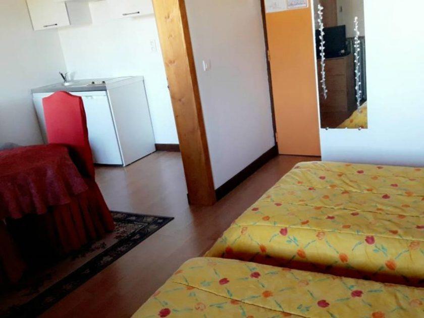 HOT_Hôtel-Restaurant Le Châlet_chambre avec coin repos