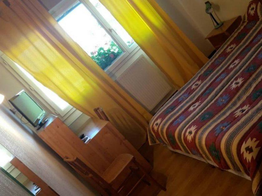 HOT_Hôtel-Restaurant Le Châlet_chambre avec tv
