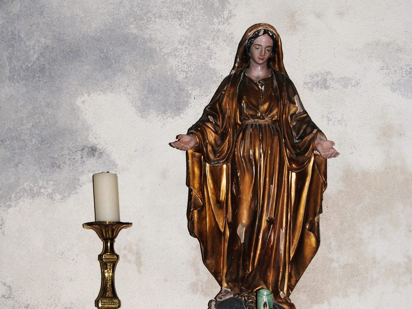 Eglise Notre-Dame de l'Assomption_Vierge écrasant le serpent