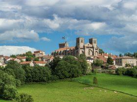 PCU_Abbaye de La Chaise-Dieu_extérieur vue