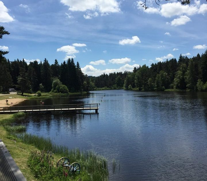 HEB_Camping municipal Les Prades__plan d'eau de La Tour