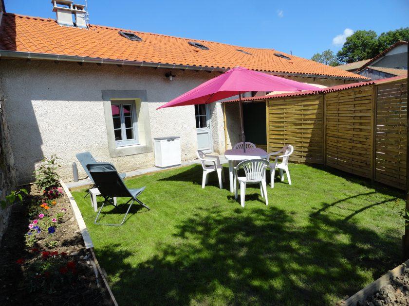 HLO_Gîte La Coccinelle_extérieur jardin