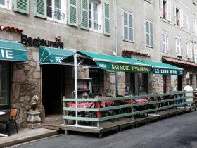 """HOT_Hôtel restaurant """"Le Lion d'Or""""_entrée hôtel"""