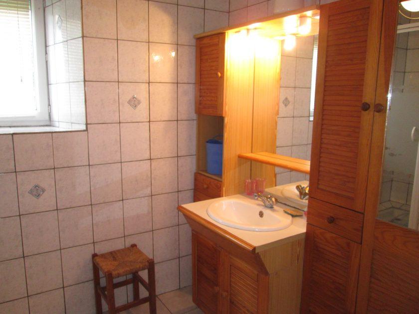 HLO_Meublé de M. René RABASTE_Salle de bain