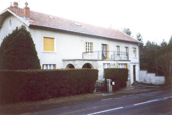 HLO_Meublé de Mme CHAUVEL_Façade maison