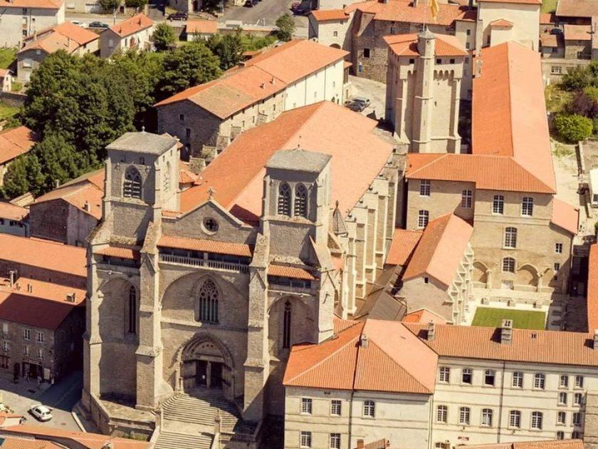 EVE_Parcours muséographique de l'abbaye de La Chaise-Dieu_Abbaye de La Chaise-Dieu
