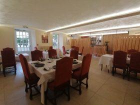 """RES-Restaurant """"L'Echo et L'Abbaye""""_ salle de restaurant"""